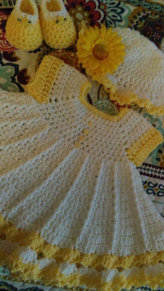 Gorgeous crochet baby dress set in yellow and white. | Amberly ...