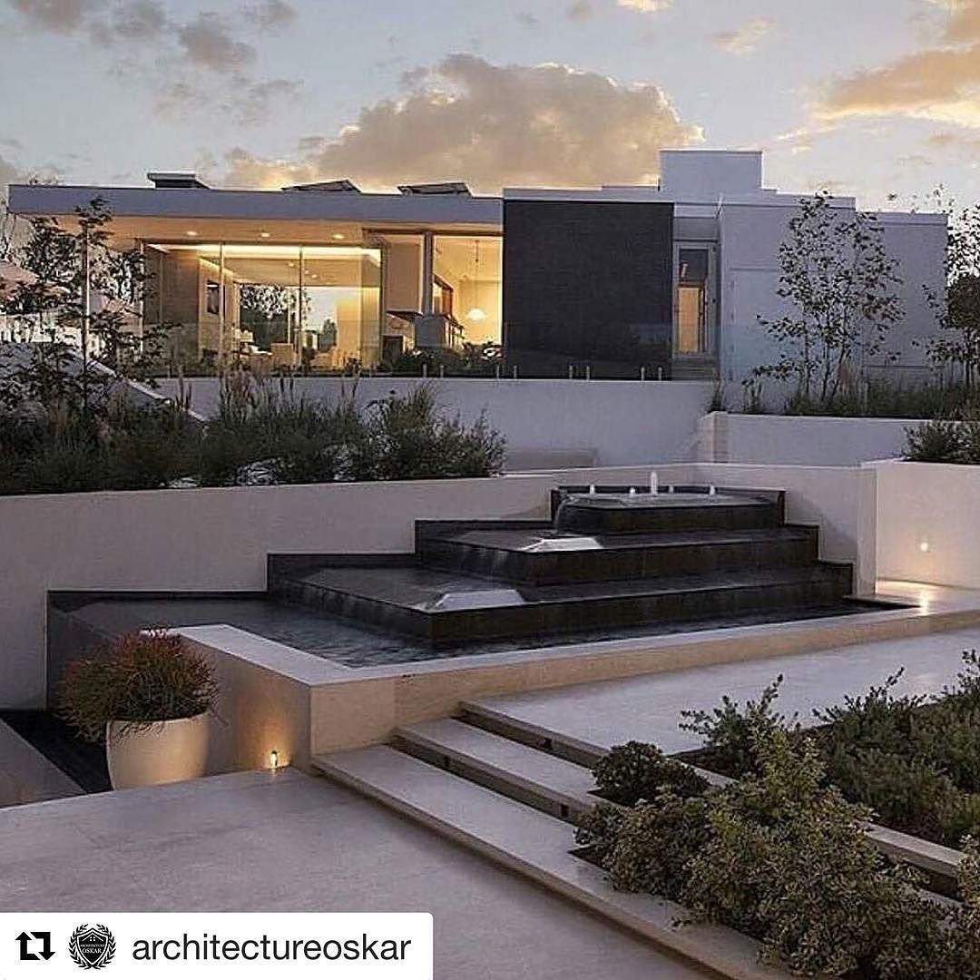 #Repost @architectureoskar with @repostapp  Double tap if youd live here! Follow @architectureoskar (70K) for more! Photo by: @boss_homes #architectureoskar (I do not own this picture)  _________________________ #house #architecture #dreamhome #interiors #design #homedesign #architect #interiordesign #decorating #dream  #structure #designporn #style #lines #lifestyle #interiordecor #moderndesign #architects #modernhouse #artlife #luxurious #mansion #trip #homeinterior #urban #pattern…