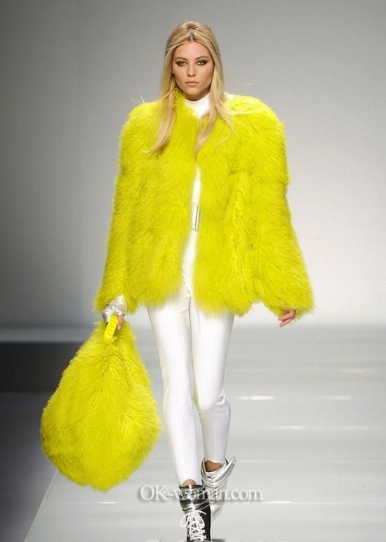 1000  images about Fur coat 2013 on Pinterest | Coats Winter