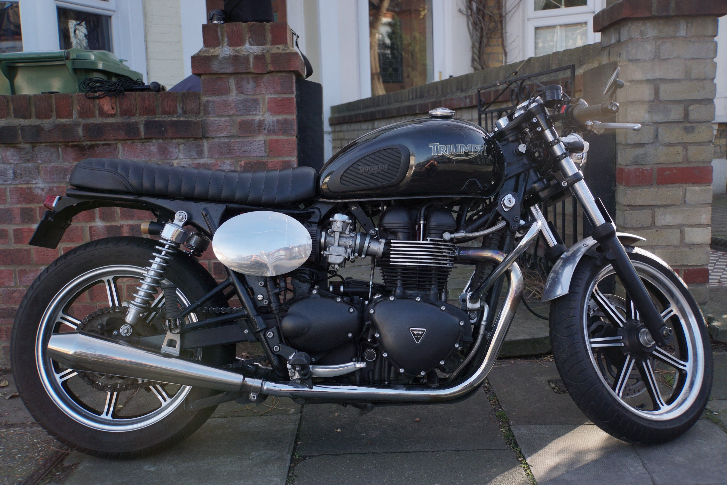 Triumph Bonneville Efi Cafe Racer The Bike Has Had A Lot Of Time