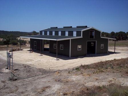 metal building erector texas, steel building erector, texas, barns, barndominium, workshops.