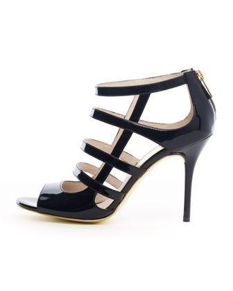 Michael Kors sandal med spreke detaljer. Glidelås over hælen er noe jeg synes er både stilig og praktisk på lekre sko med remmer!