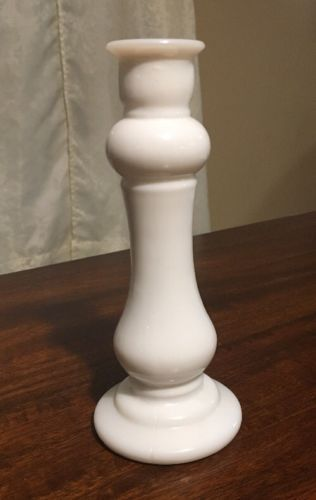 Vintage E O Brody Co Usa M 118 Milk Glass Bud Vase 8 Candle