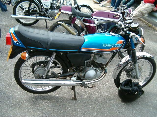 Pin On Moto 3 Small Cycles