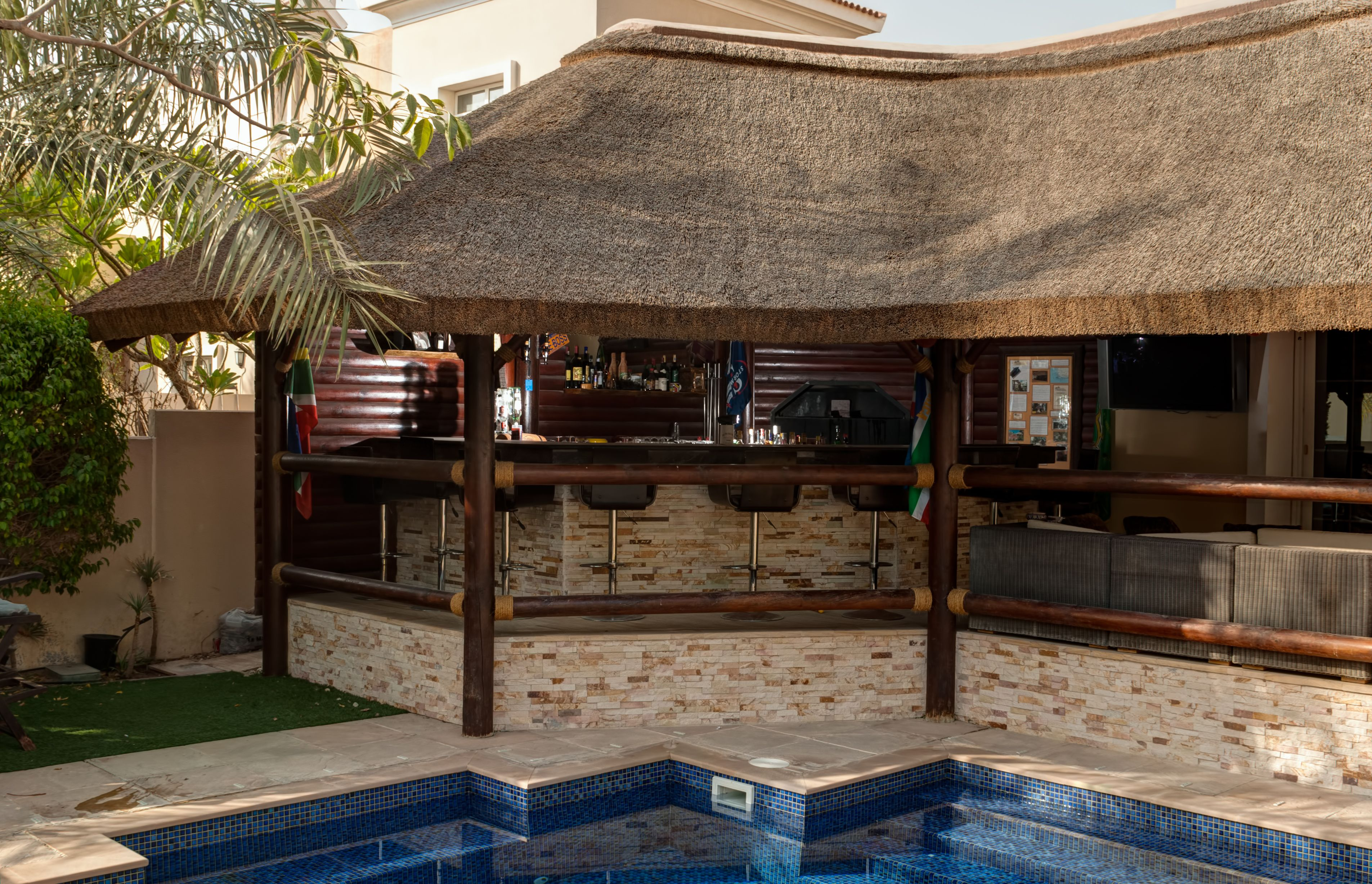A Beautiful Outdoor Bar Home Villa Bar Architecture Thatched House House Plan Gallery One Bedroom House Plans