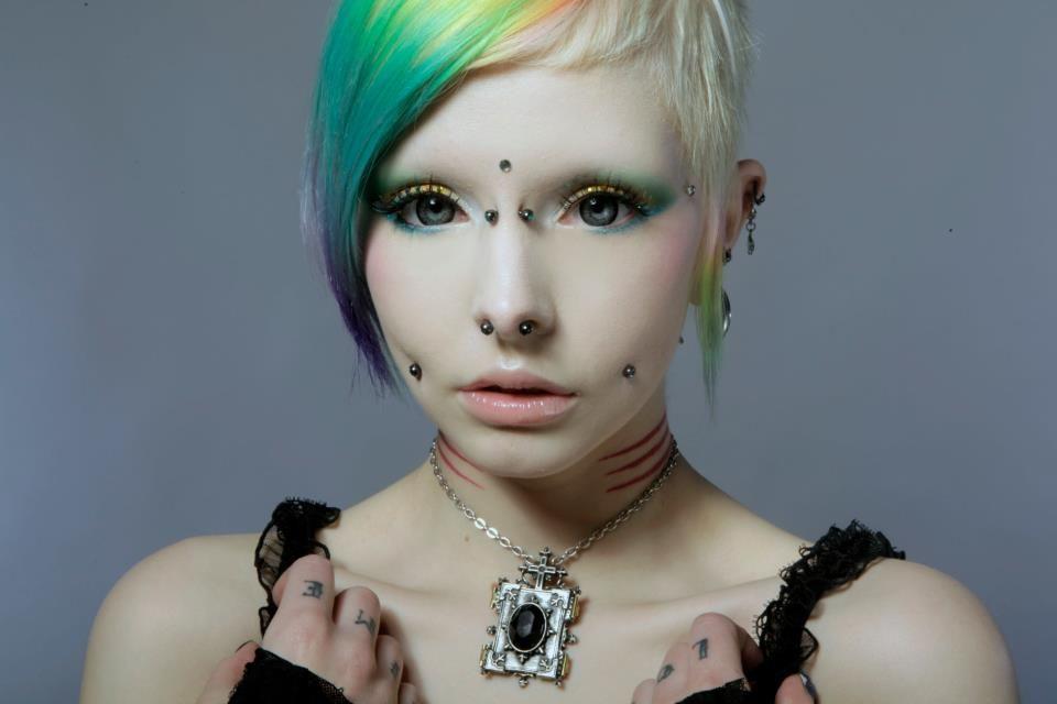 pierced beauties - 960×640
