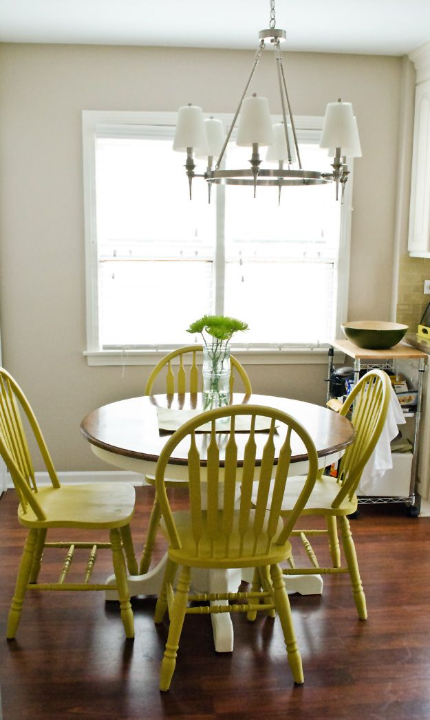 Would Be Perfect With Navy Chairs Use DIY Chalk Paint To Refinish An Old Oak Table And Best Part Is There No Sanding AND If You Hate The Color