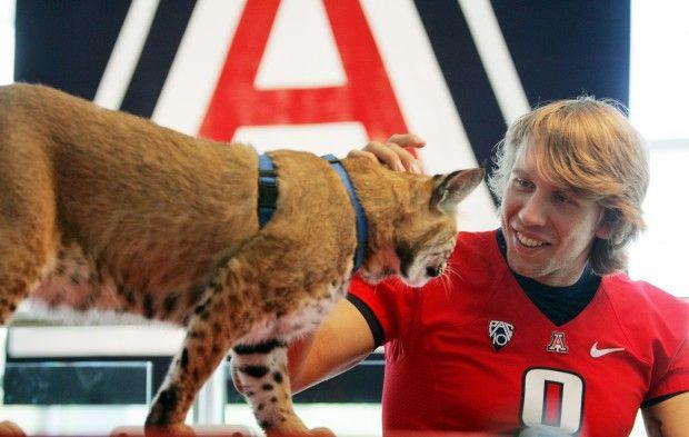 Photos Wilbur And Wilma Wildcat Through The Years Live Mascot Wild Cats University Of Arizona