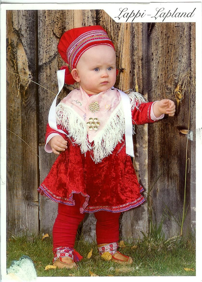 e745dbd9f46 Traditional Dress in Lapland