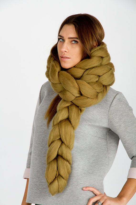 Huge scarf. Oversized. Wool scarf. Merino Wool. Natural. Handmade. Huge Knitting. Chunky. ZHMNW4