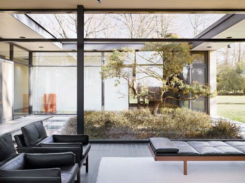 Pin By Megan Marr On Favorite Places And Spaces Interior Architecture Design Glass House Philip Johnson