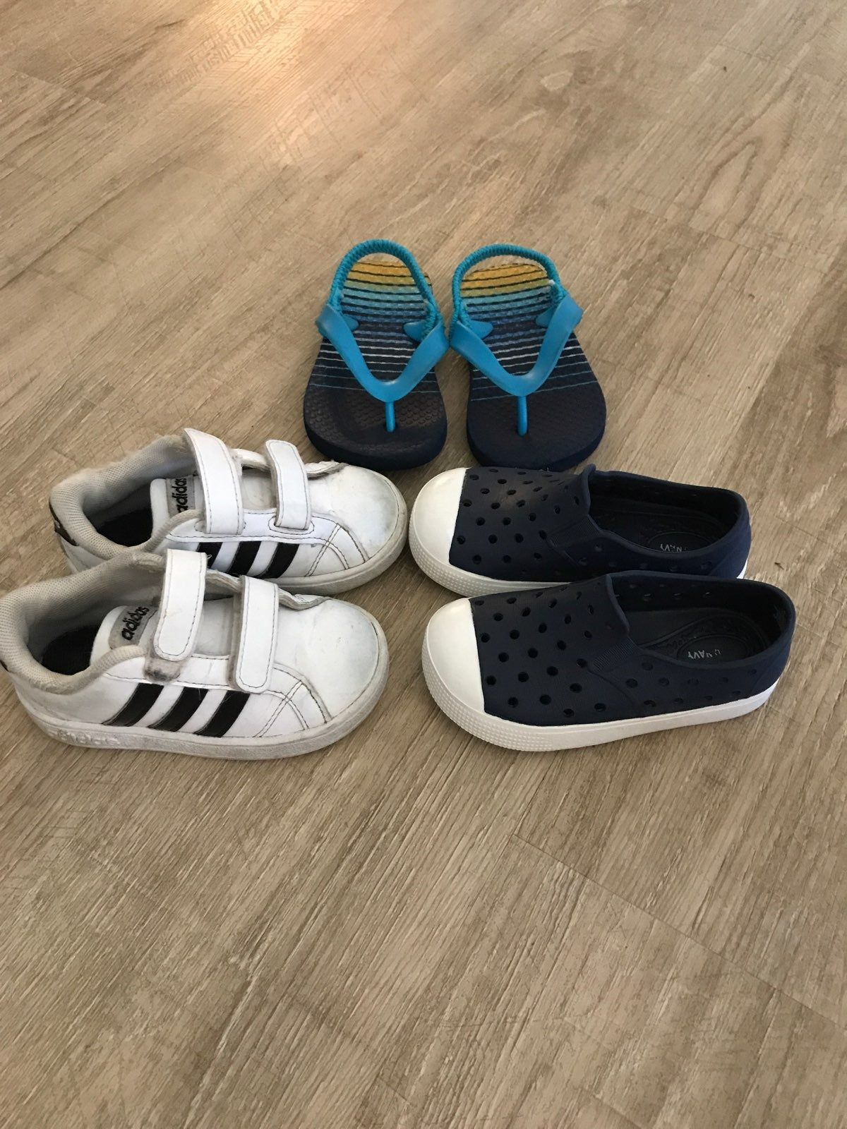 Size 6 boys shoes. Adidas tennis shoes