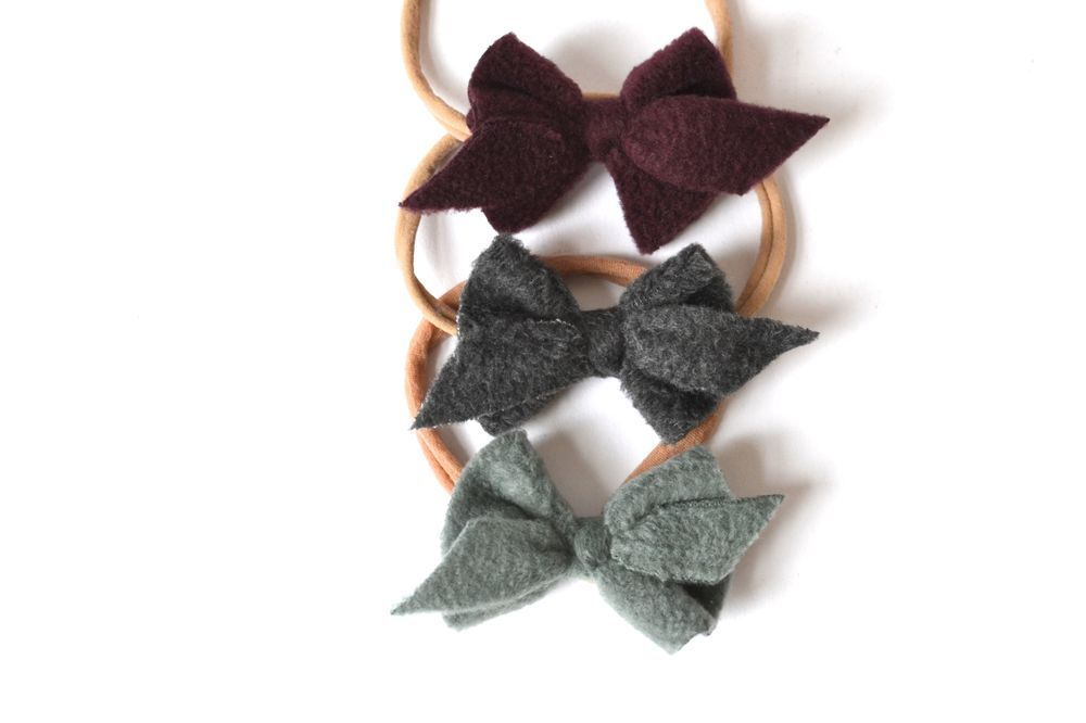 Stirnband Winterschleife Bordeaux via mien - Accessoires handmade in Berlin. Click on the image to see more!