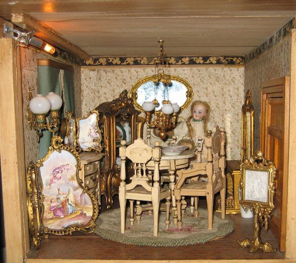 Dollhouse Miniatures Jensen: Christian Hacker Mansion Dining Room