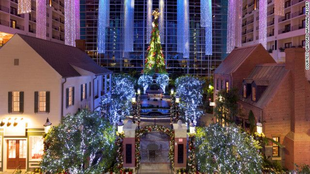 Hotels That Feel Like Home For The Holidays Lord National Resort In Harbor Maryland