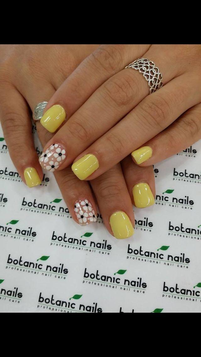 45 Easy Flower Nail Art Designs for Beginners | Spring nails, Art ...
