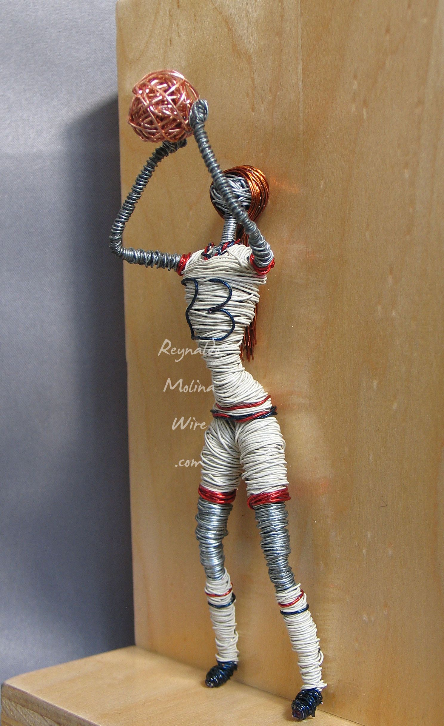 Wire Sculpture Person Playing Football Center 183876 Miller Electric Circuit Board Repair Of Basketball Player 23 Inspired By Sports Rh Pinterest Com 3d