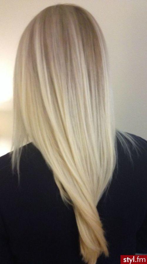 Fryzury Blond Włosy Fryzury Długie Na Co Dzień Proste