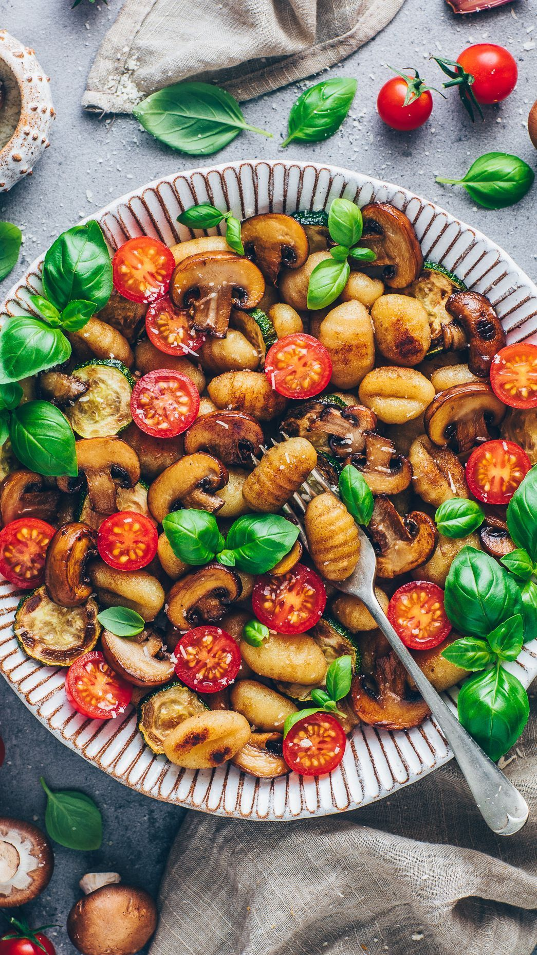 Crispy Gnocchi vegetable stir-fry - Gnocchi Rezept Vegan