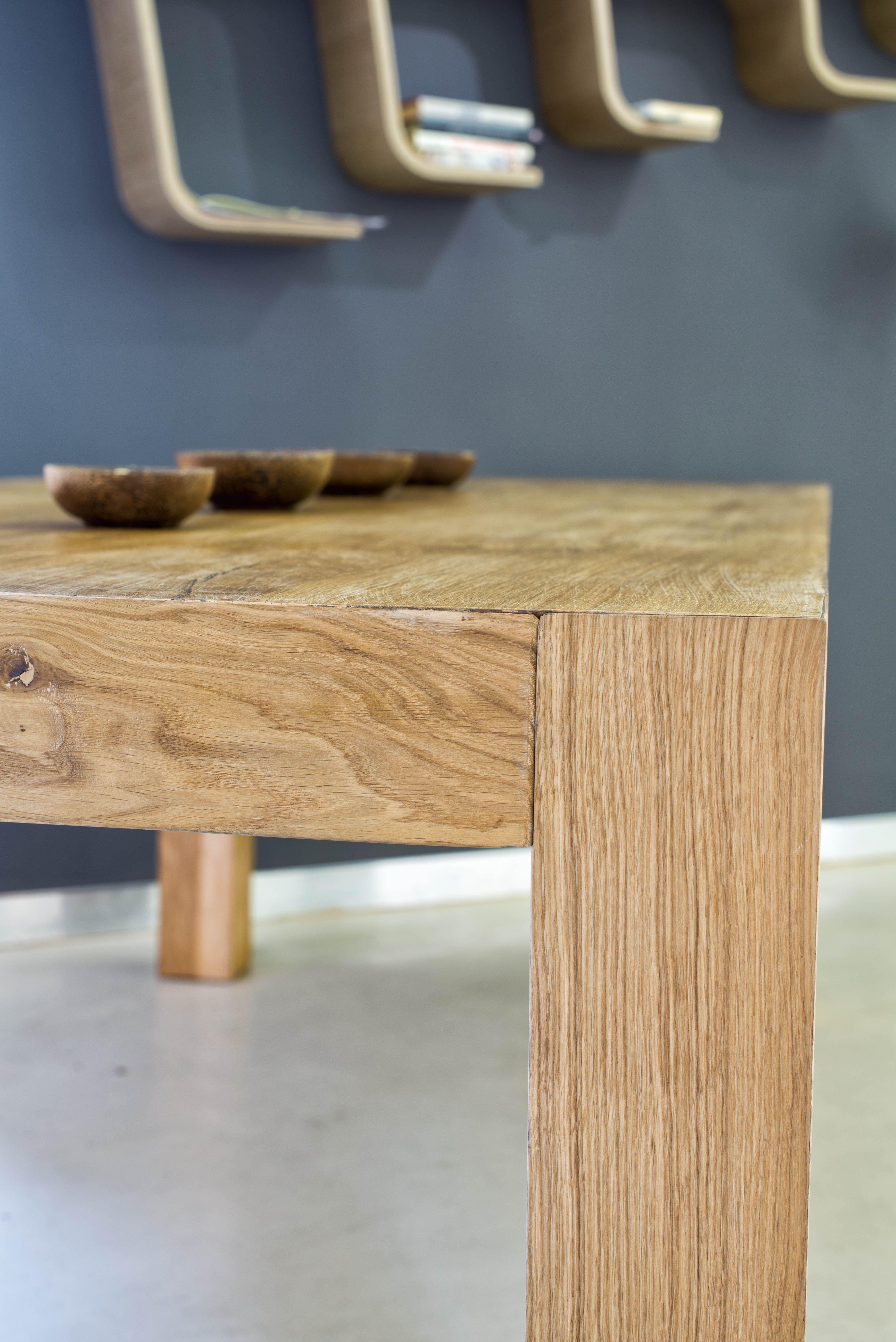Tavolo di design in Rovere Disegnato da Sante Aguzzoli di Aguzzoli ...