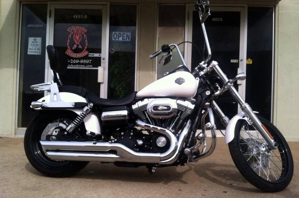 White Plasti Dip With Glossifier On A Harley Davidson Harley Davidson Harley Davidson