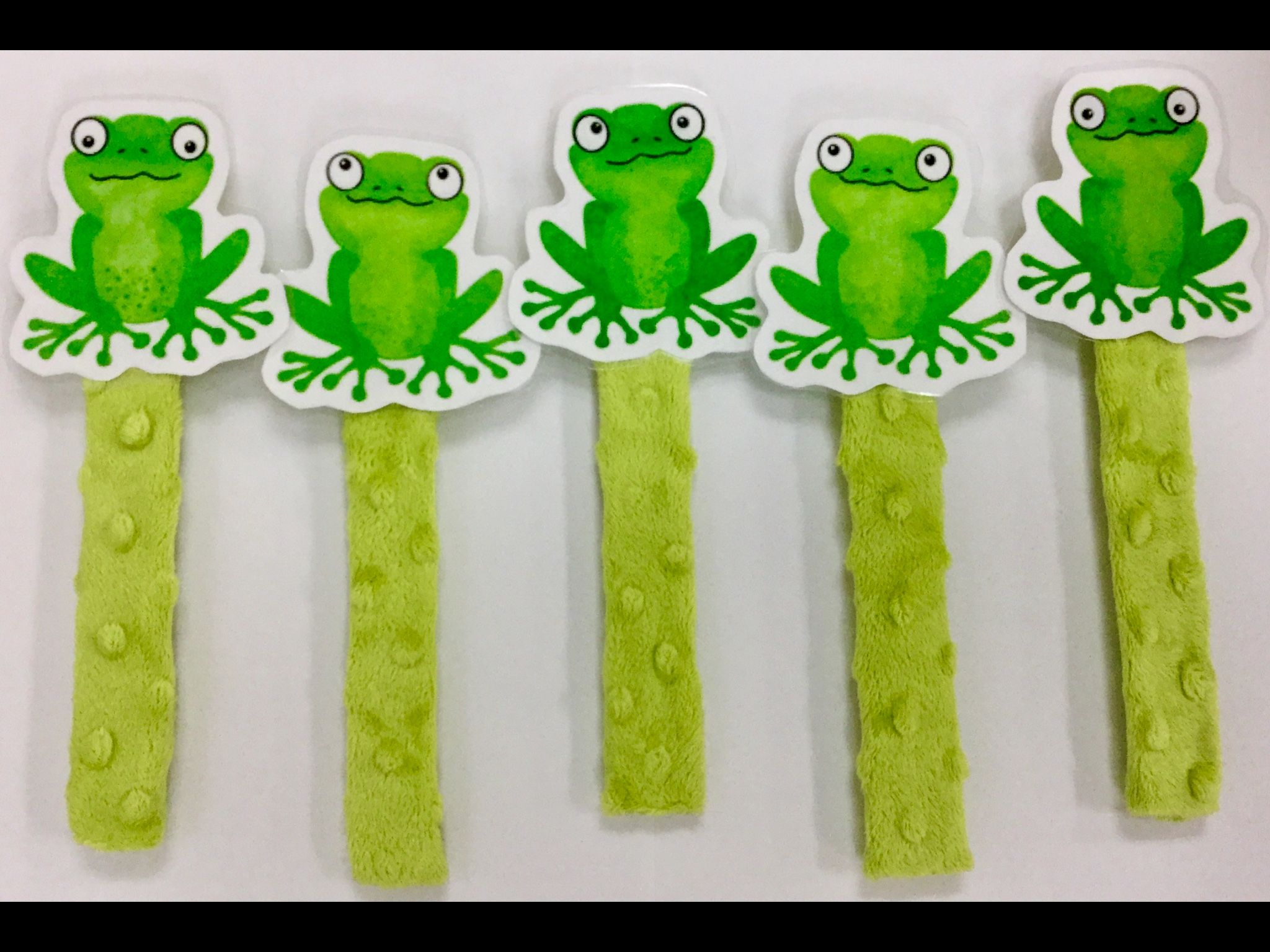 Five Little Speckled Frogs Stick Puppets
