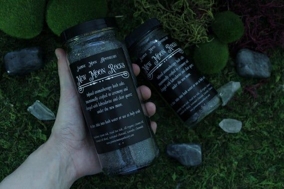 New Moon Rocks // 8 OZ  Aromatherapy Herbal Bath Salts for Ritual and Meditatio #newmoonritual