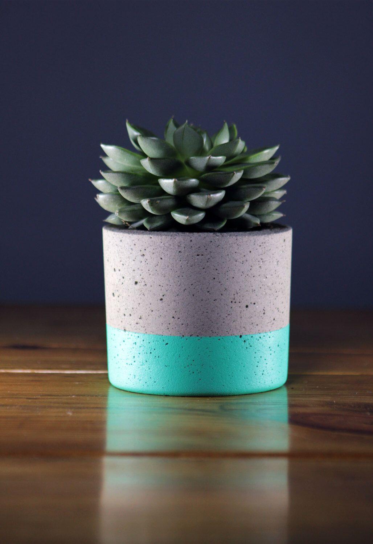 Jardinera de hormigón | Industrial Chic | 5 colores disponibles de OllieAndRye en Etsy https://www.etsy.com/es/listing/487447387/jardinera-de-hormigon-o-industrial-chic