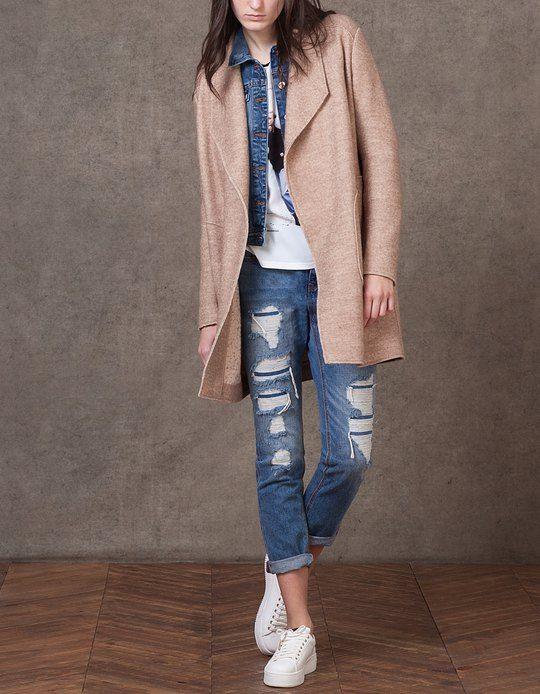 Abrigo de lana, cada vez me gustan más éste tipo de abrigos, éste con ese tono me parece ideal, también de Stradivarius, 49,95€