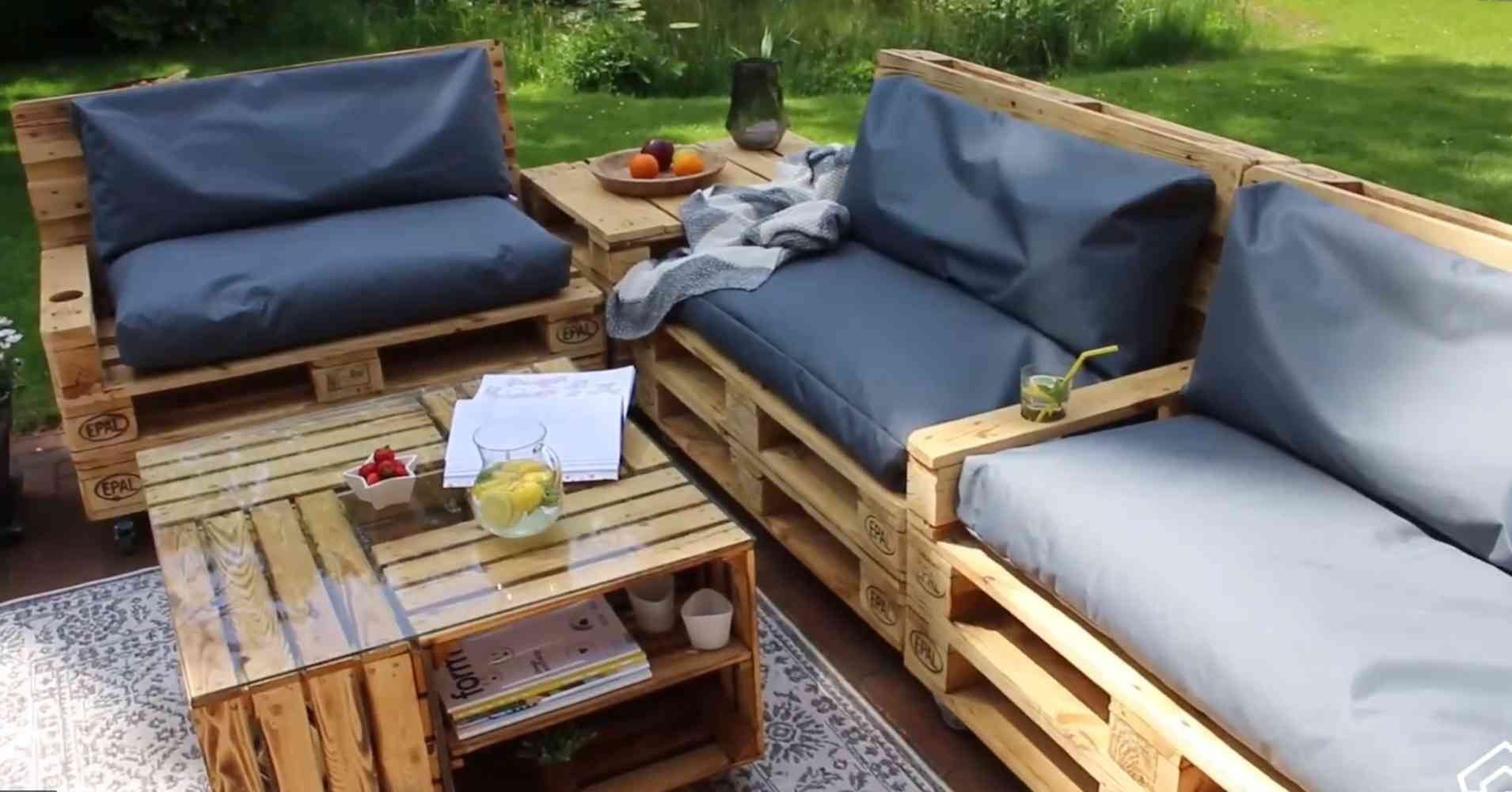 Tisch Sessel Aus Paletten Bauen Diy Anleitung Video Paletten Möbel Bauen Möbel Aus Paletten Paletten Sessel