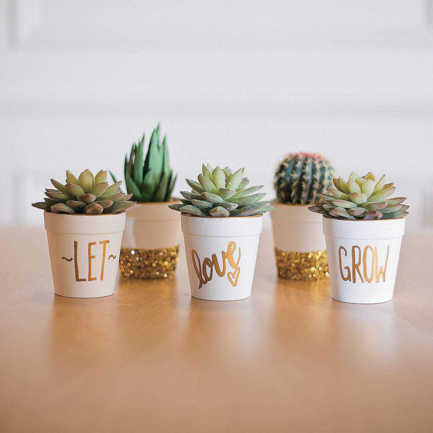 """Let Love Grow Flowerpots Idea 