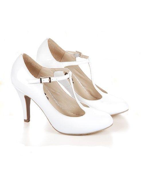 White T-bar Round Toe Shoes | Sapatos