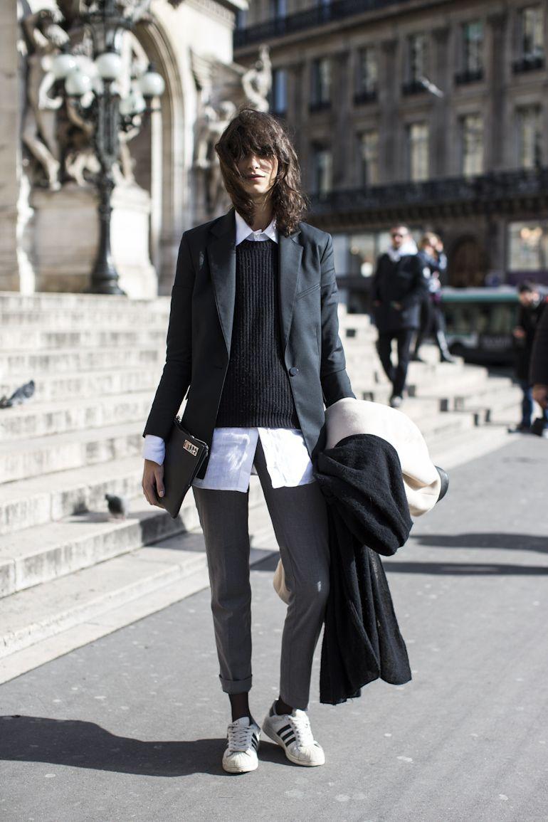 A Parigi Pfw La Settimana Della Moda Stile Fashion Moda Pfw Parigi Heelsandpeplum Adidas Stan 5cfa6c
