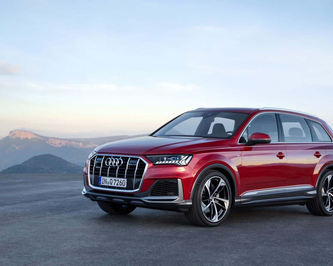 1280x1024 Audi Q7 Suv Vehicle Red Wallpaper With Images Suv