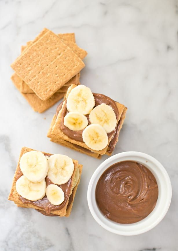 EASY GRAHAM CRACKER BANANA CHOCOLATE CAKE images