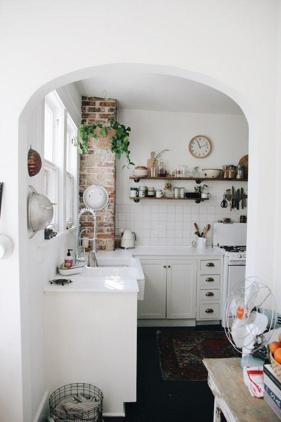White kitchen Home Decor Inspiration home decor, home inspiration ...