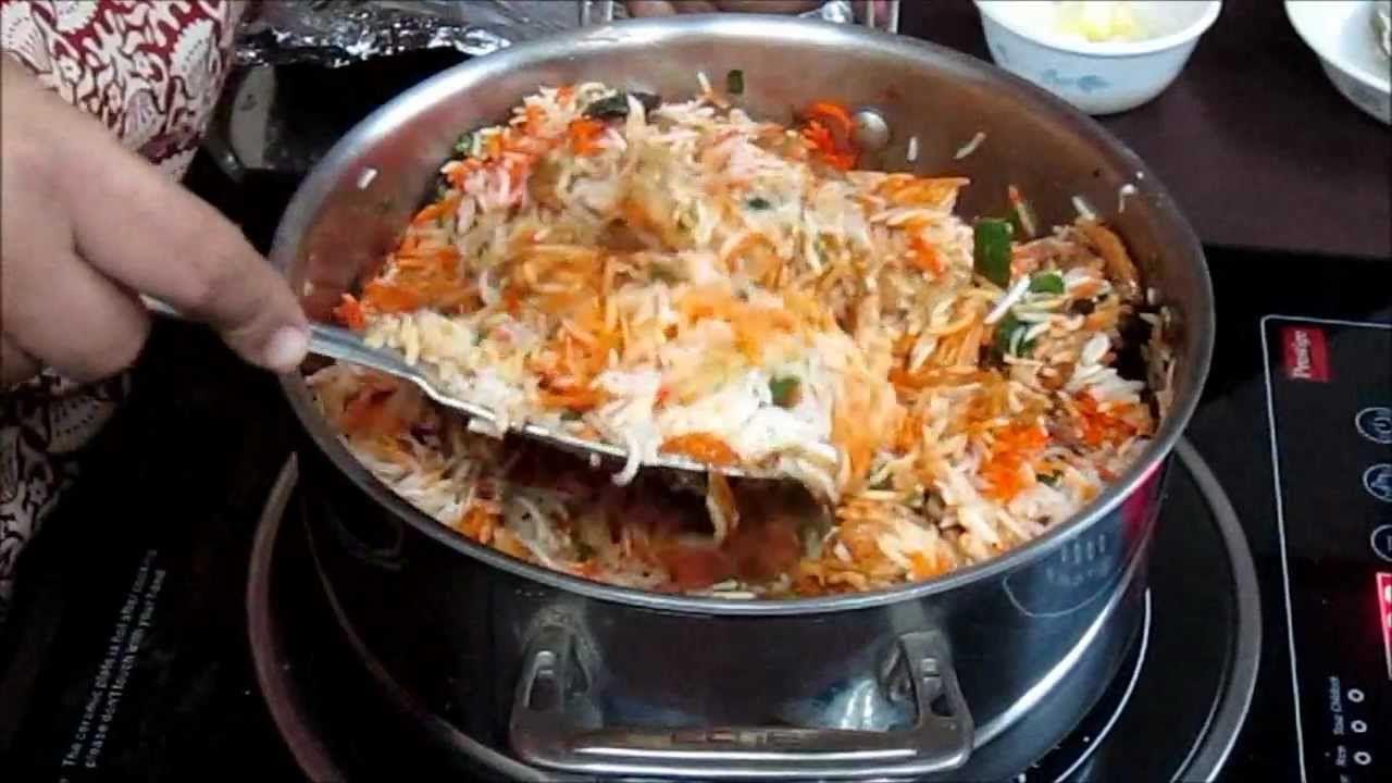 Chicken biryani recipe in hindi with captions in english cucina chicken biryani recipe in hindi with captions in english forumfinder Images