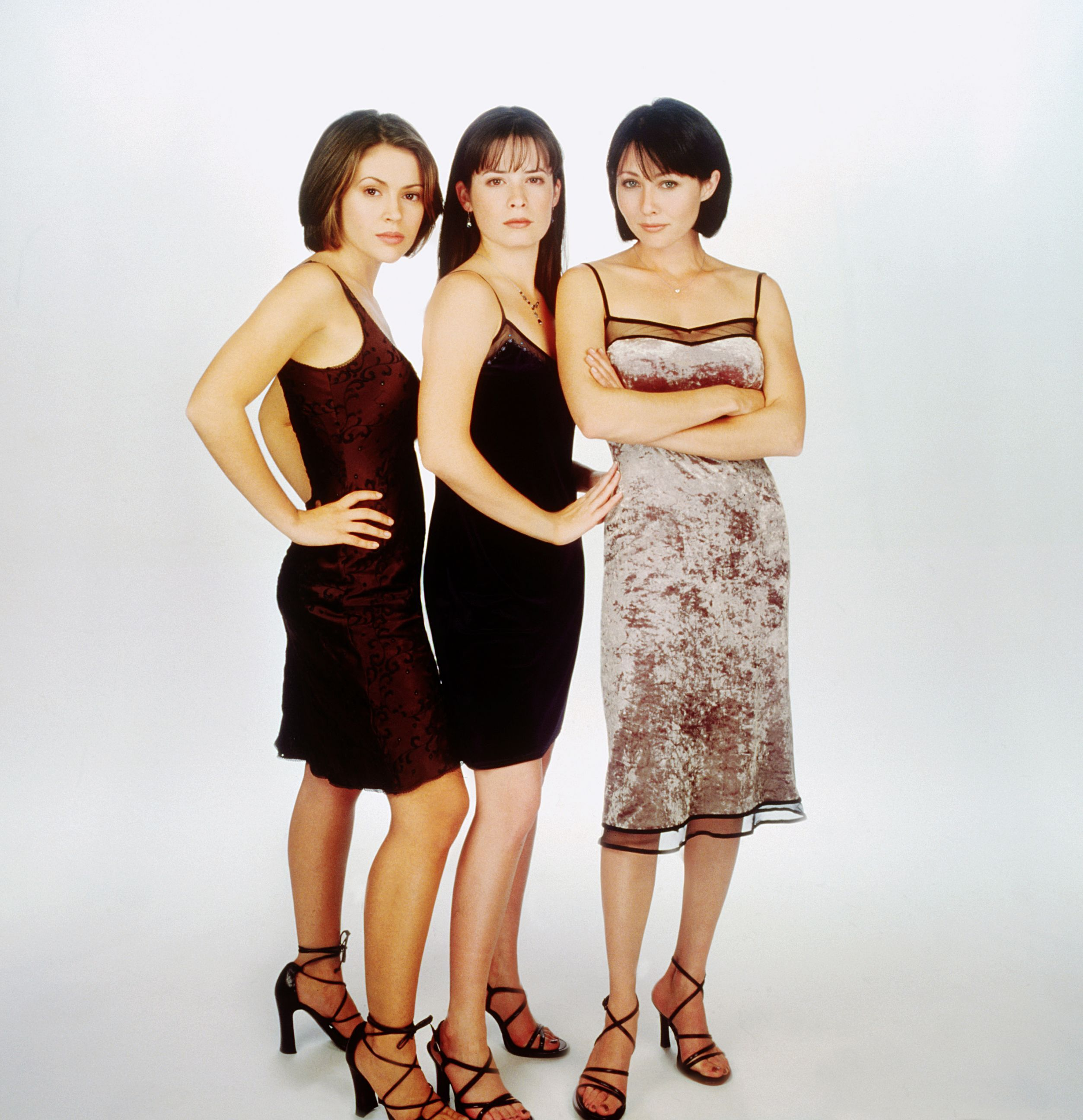 charmed_s1_cast_01.jpg (2506×2592) | Holly Marie Combs ...