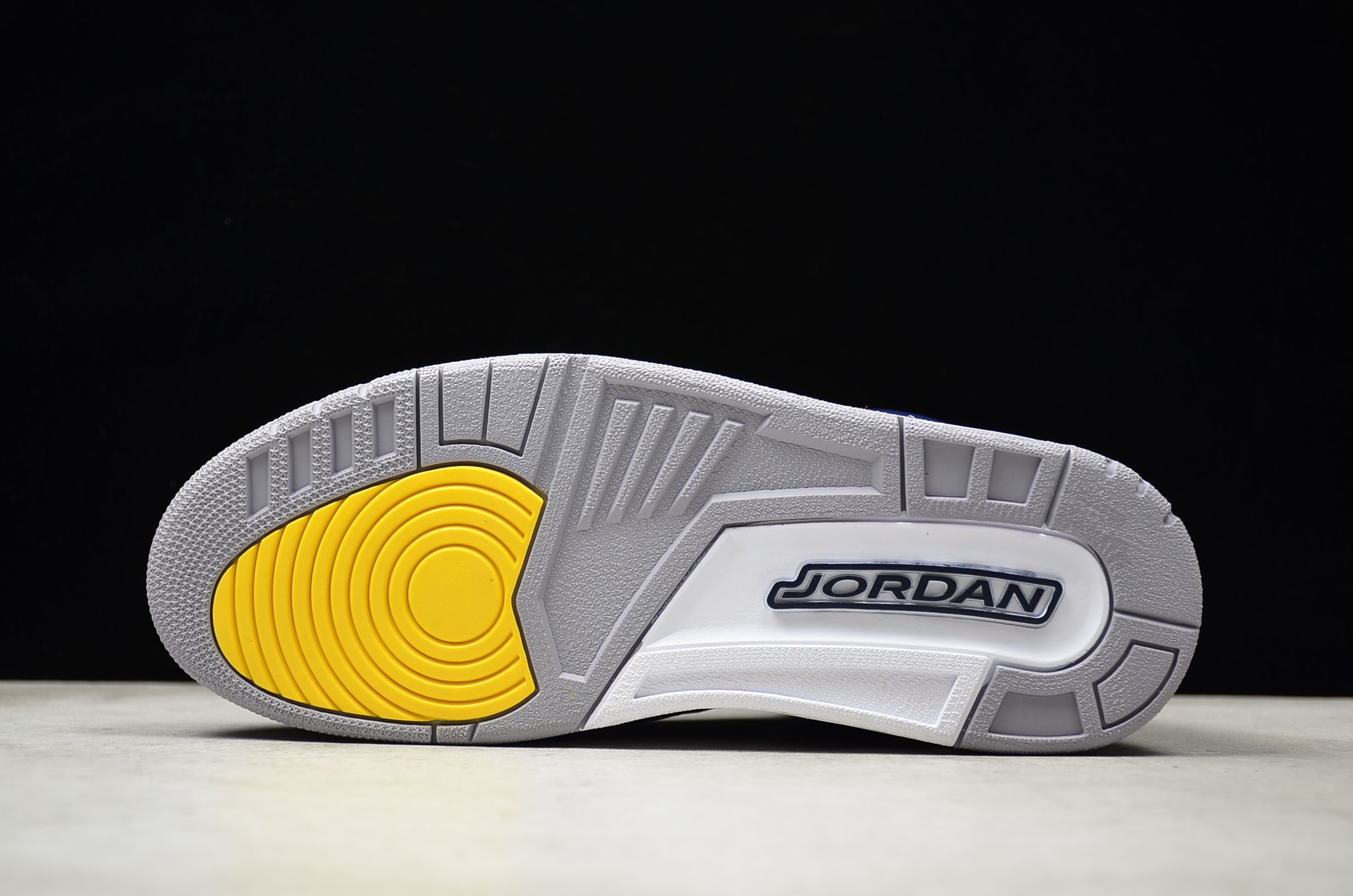 "ab386cc9ad4 2018 Air Jordan 3 Retro ""Michigan"" PE Cement Grey AJ3-820064 | Black ..."