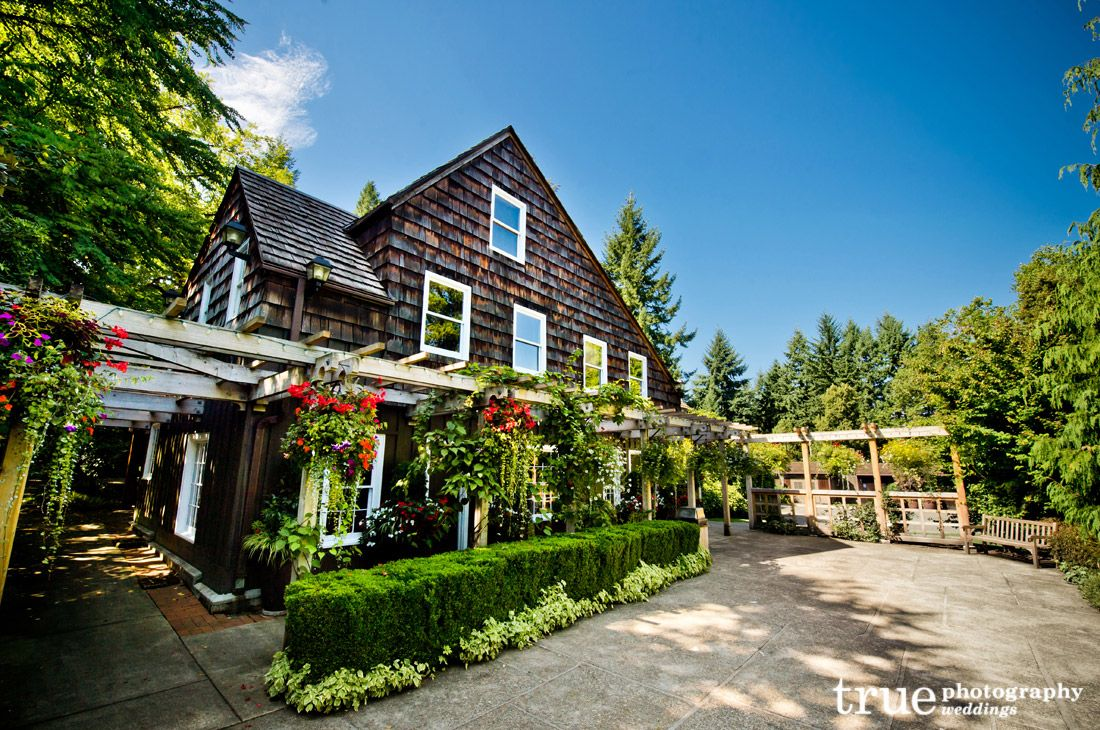 Robinswood House and Cabana beautiful wedding venue in