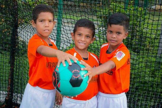 #venezuela #Academiadefutbol #healthylifestyle #SanJuanDelosMorros #Celebración #fiesta #Amigos  #abs #snapchat #shoulderday #cleverfit #livefit #progress #motivationmonday #instafit #goodtimes #aesthetics #getbig #webelieveinfitness #gym  #beast #triceps #bulking  #beastmode #biceps #mensphysique #Guarico