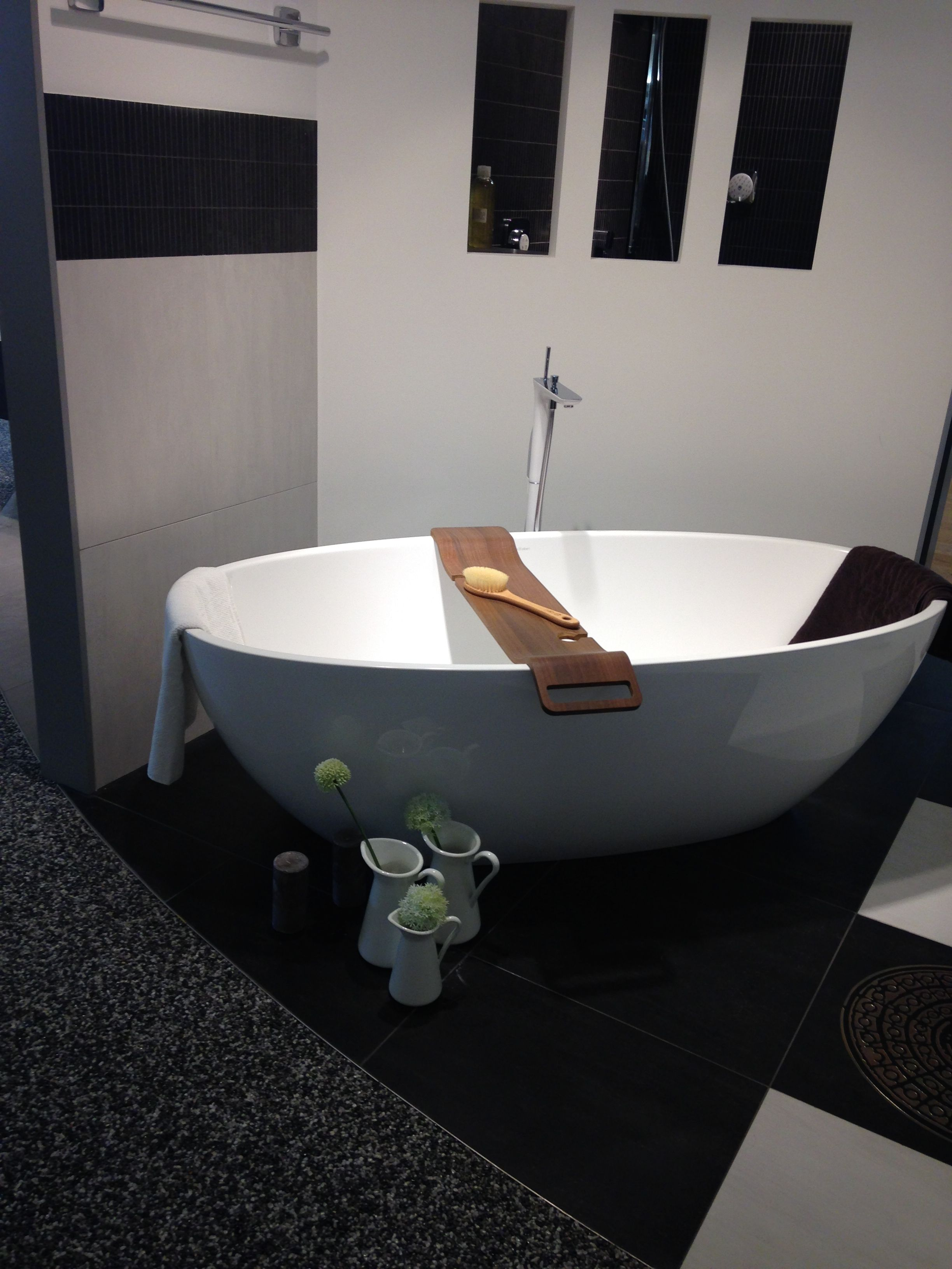 Oh How Much I Would Have Looooved Have This Bath Tub It Turns
