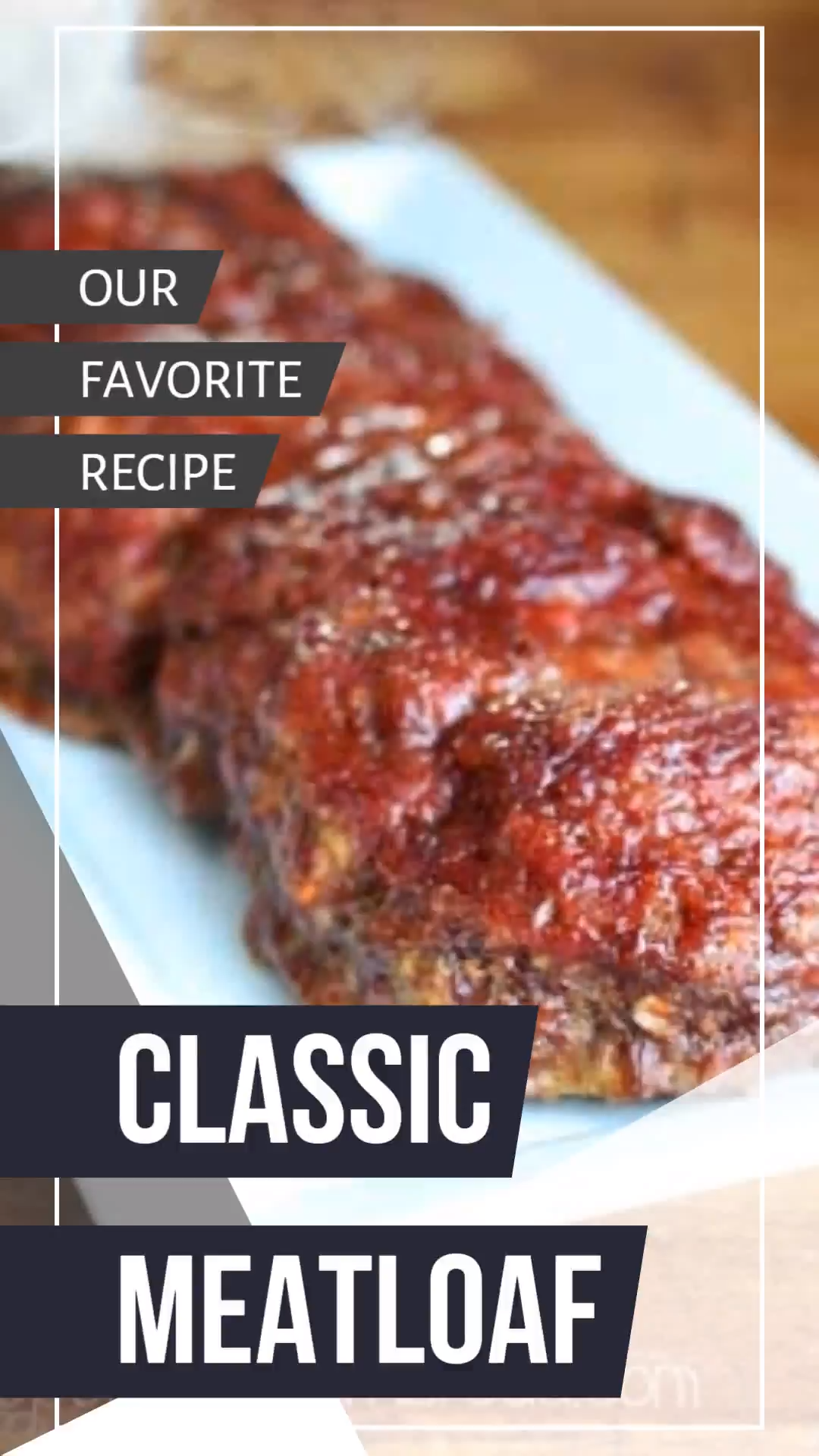 How to make the best traditional meatloaf. This meatloaf is moist and full of flavor. Great for meatloaf sandwiches too! #meatloaf #homemade #homecooking #recipe #comfortfood