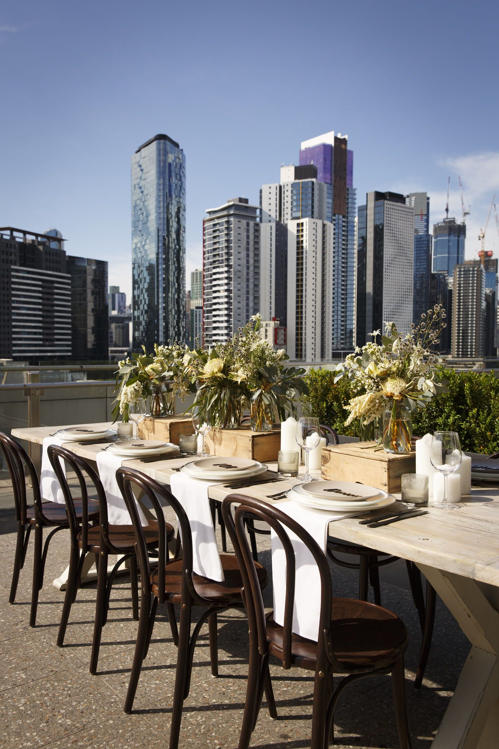 Rooftop Dinner Setting Wedding Styling Ideas And Inspiration Design Depot Furniture Hire Melbourne Hooray Mag Wedding Entertainment