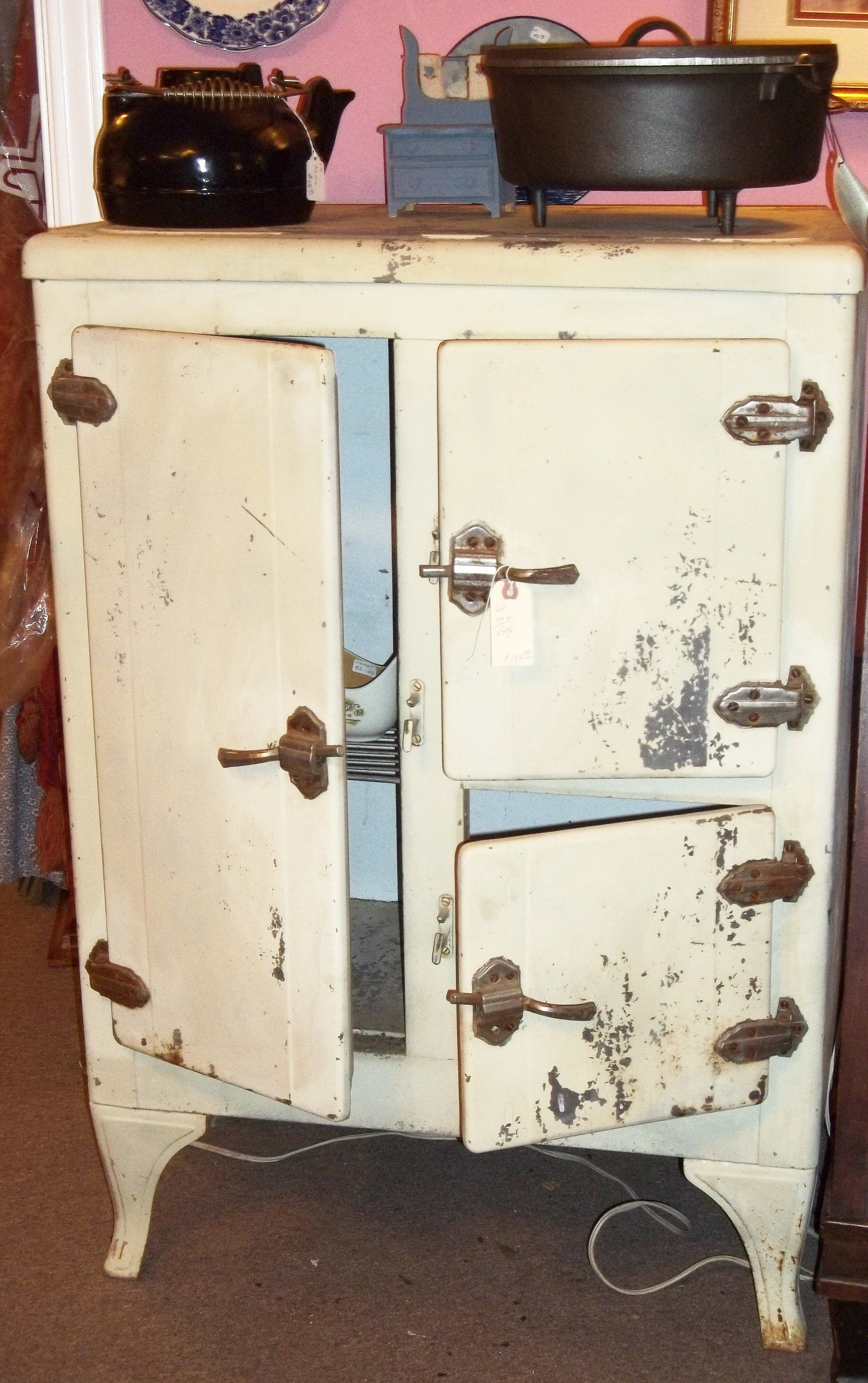 Vintage Ice Box | Tymeless Antiques | Pinterest | Box, Kitchen ...