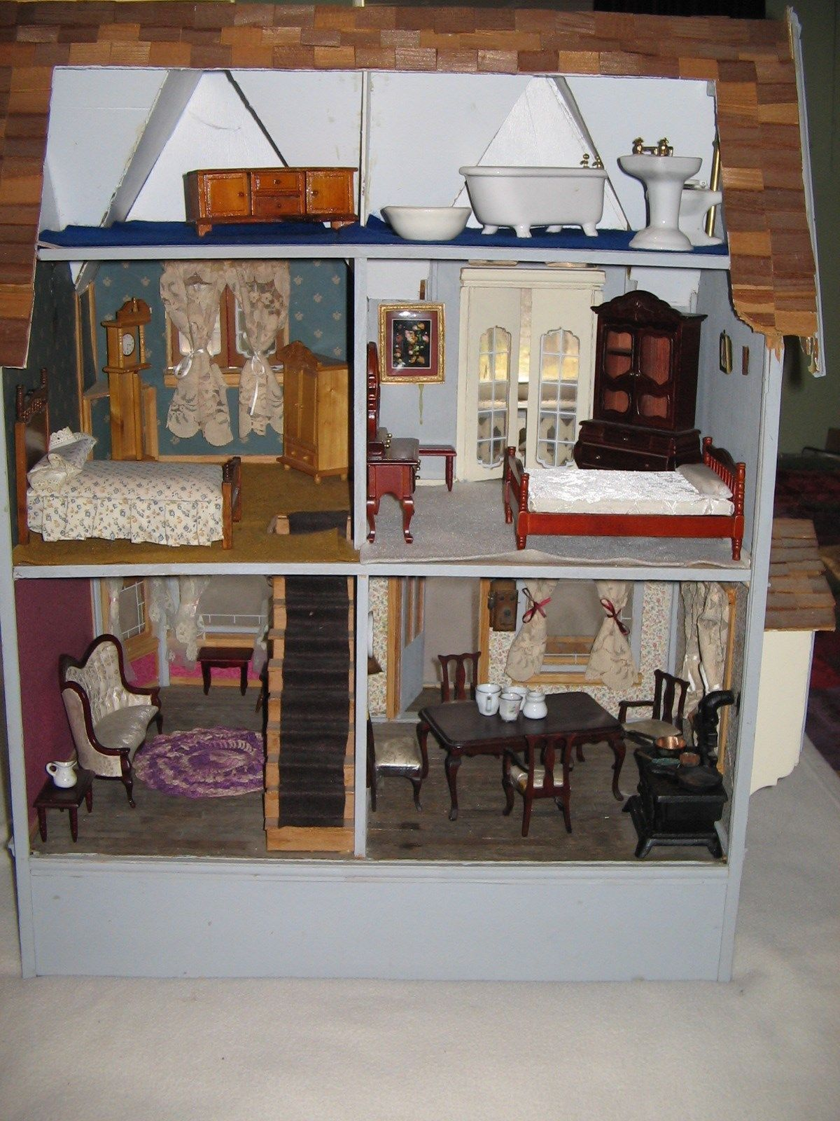 """Vintage """"linfield"""" wooden dollhouse assembled & furnished & wall"""