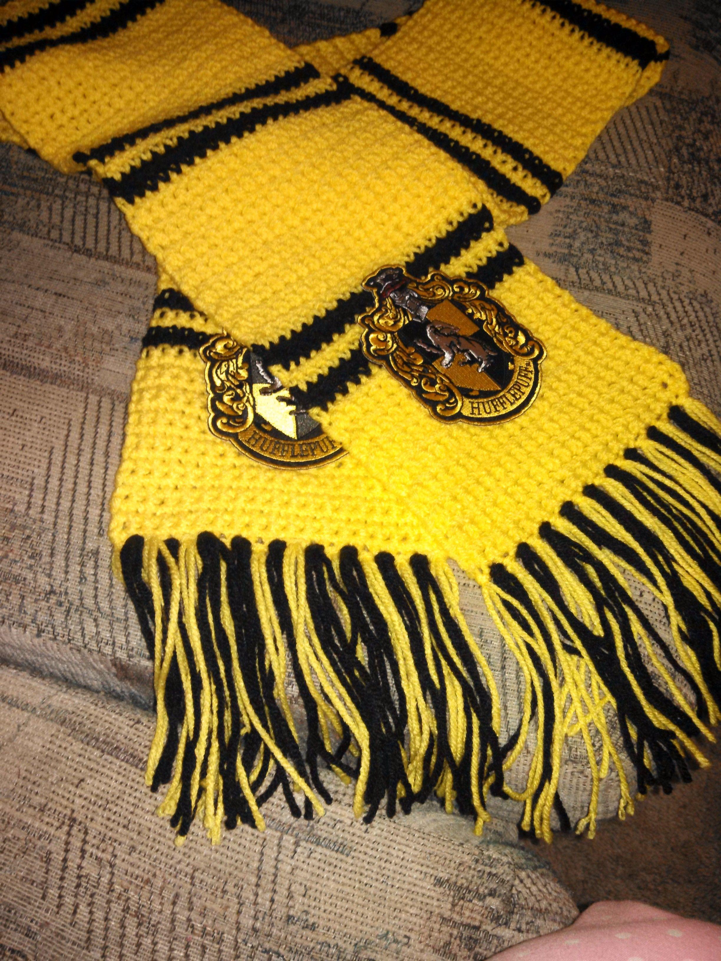 Crochet A Hufflepuff Scarf