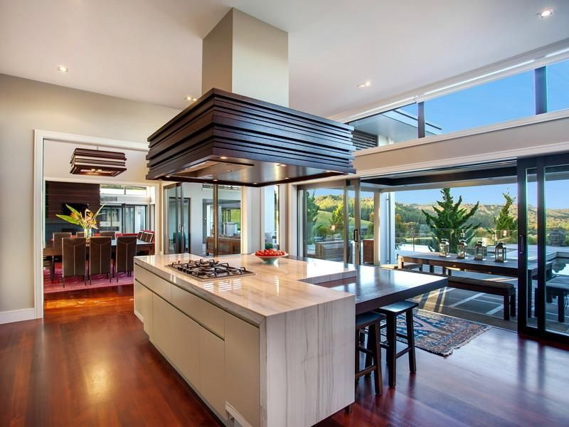 High Quality Contemporary Hill Home With Beautiful Gardens And Pool : Kitchen Island  Design Among Cream Kitchen Table
