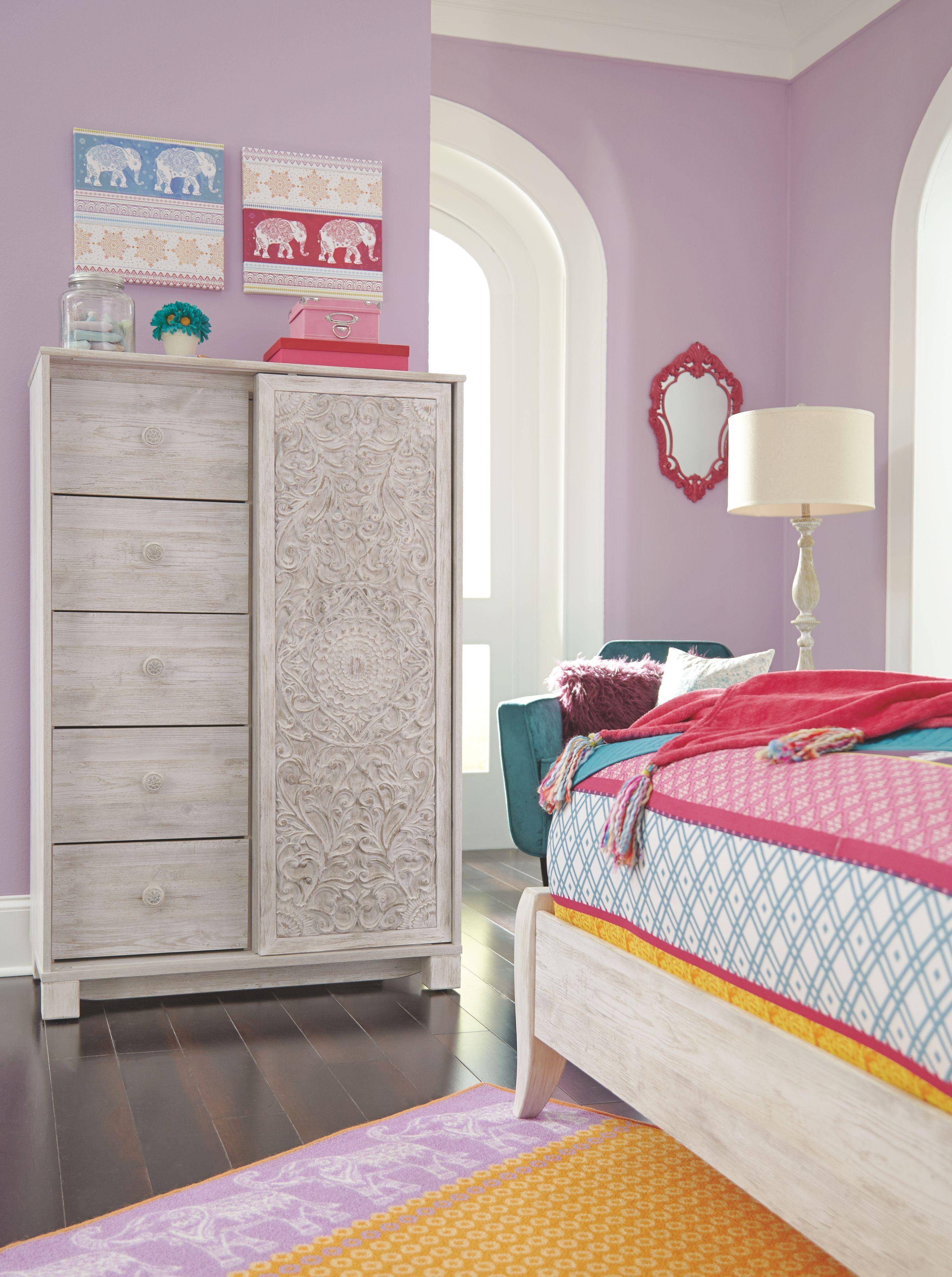 Paxberry Dressing Chest, Whitewash Bedroom storage