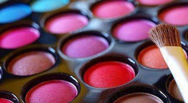 تخفيضات امازون على المكياج ومستحضرات التجميل Affordable Makeup Brands Affordable Makeup Makeup Brands